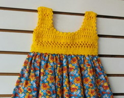 2506d95f3 Vestido infantil com pala de crochet e tecido - Amarelo no Elo7   De Malaga  (C5D8E4)