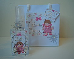 home spray boneca