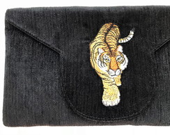 Clutch com Bordado Tigre LJ14