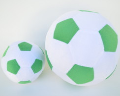 bac7386ccb ... Bolas de Futebol de Pelúcia Branca e Verde ( 2 peças )