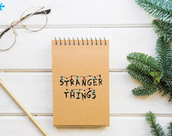 Bloquinho de anotaçoes STRANGER THINGS - COM CAPA KRAFT