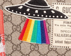 PATCH BORDADO UFO RAINBOW INSPIRED TERMOCOLANTE