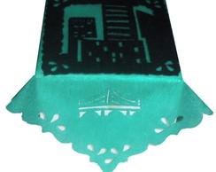 ... Centro de Mesa Festa Lanterna Verde em Toalhas de Tnt 97e167725e652