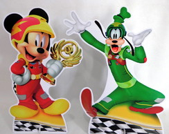 Display de Mesa Mickey Aventura sobre Rodas
