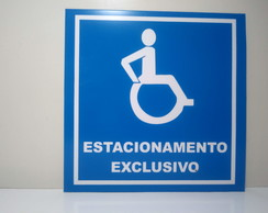 placa de estacionamento exclusivo para deficientes