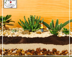 Terrário com miniatura do Woody do Toy Store
