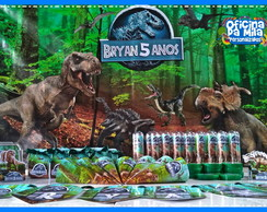 Kit Jurassic World com painel