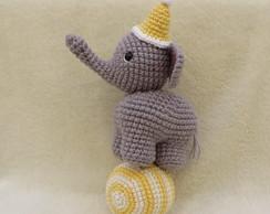 crochet elephant amigurumi   194x244
