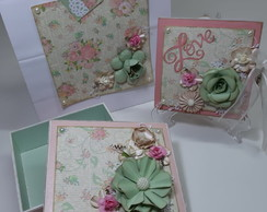 MINI ÁLBUM DE SCRAPBOOK COM CAIXA