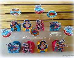 30 Forminhas e 30 toppers super girls