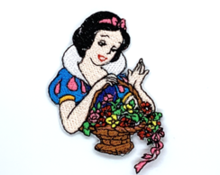 Patch Bordado Branca de Neve Flores