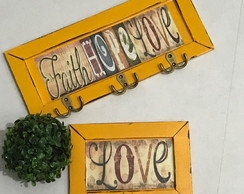 Cabideiro e Porta Chaves Faith Hope Love Amarelo Pátina