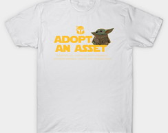 Camiseta The Child Adopt An Asset Business Baby Yoda
