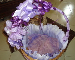 CESTA DECORADA LILAS