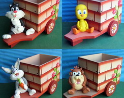 Looney Tunes biscuit