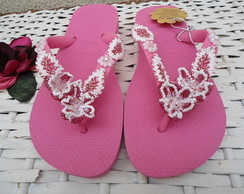 Chinelo pink feito com missangas