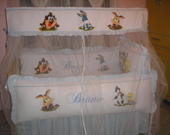 KIT DE BERÇO LOONEY TUNES