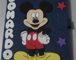 Caderno decorado Mickey.