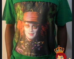Camiseta Customizada Chapeleiro de Alice