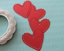 Petite Heart Doily Red (A230)