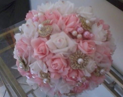 Bouquet de Broches & Rosas Grande