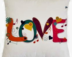* ALMOFADA POP ART - LOVE