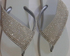Chinelo Ipanema Decorado com Manta de Strass