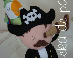 CAPITAO PIRATA COM BASE MDF