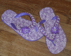Chinelo Decorado: pedraria