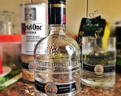 Pote de garrafa Ketel One .Mini. - 250ml