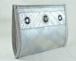 Clutch prata com fibra natural