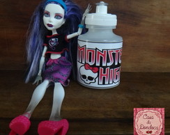 Squeeze Monster High
