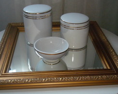 Kit Higiene Porcelana (filete dourado)
