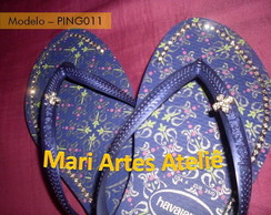 Chinelo - Estampado c/ strass