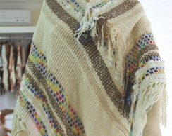 Poncho no tear manual com fita americana