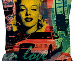 Capa Almofada 23 Marilyn Monroe and City