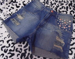 Shorts com Tachas/Spikes