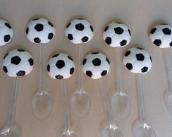 ed45ecc12b ... Bolas de futebol na colher