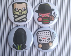 Kit 4 Bottons / Broches Vilões