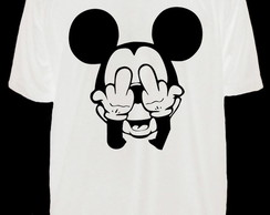 Camiseta Mickey Dedo do Meio
