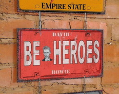Conj. 3 Placas Correntes Heroes - Bowie BLACK FRIDAY