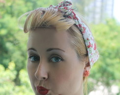 Bandana Pin Up Rosas Vermelhas