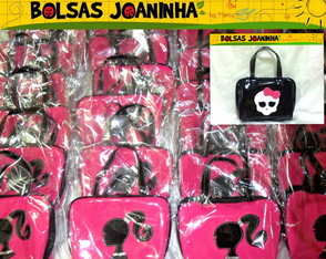 barbie-monster-high-bolsas-cada-aniversario