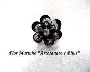 anel-flor-de-lotus-black-and-white