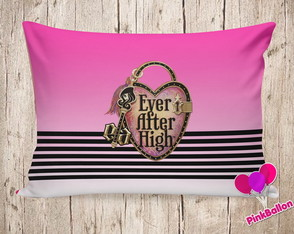 ALMOFADA EVER AFTER HIGH