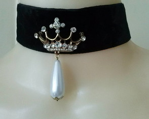 Choker Veludo Queen of Pearl