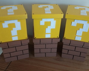 Caixa Mario Bros Question Block