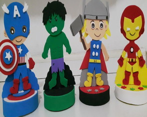 Display Vingadores