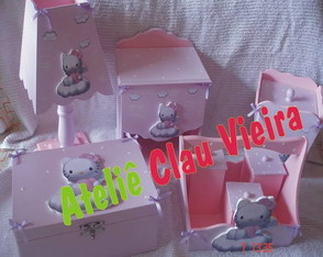 kit-higiene-enf-de-porta-hello-kitty