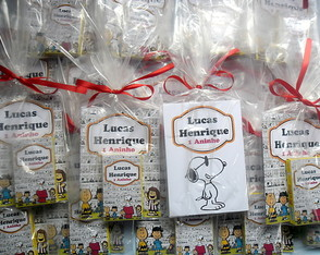 Lembrancinha mini Kit colorir snoopy 10x14cm